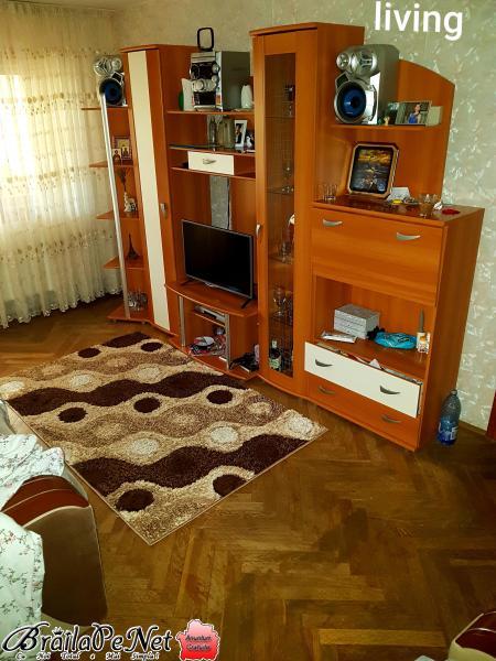 Vand apartament 3 camere Viziru I Albina