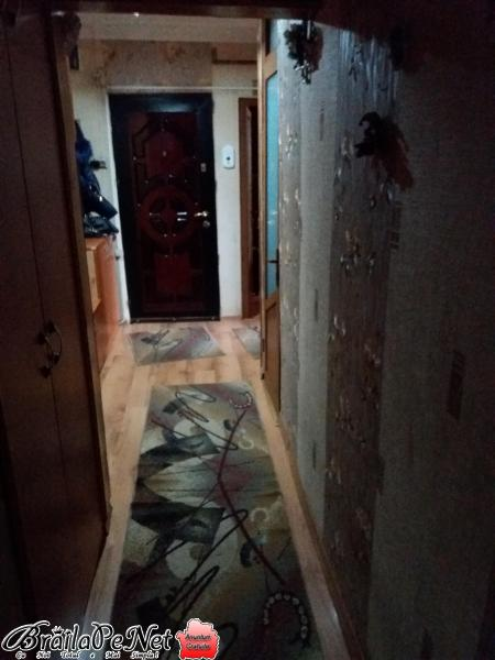 Apartament 3 camere cartier buzăului et.3 lîngă peny market bine întreținut tel.0741692927