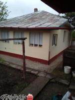 Vand casa caramida 3 camere